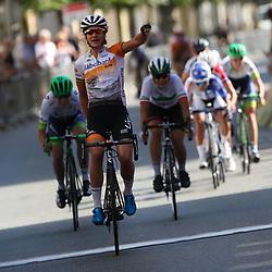 19-07-2016: Wielrennen: Thueringen Rundfahrt vrouwen: Greiz<br /> GREIZ (DLD) WIELRENNEN  <br /> Marianne Vos heeft de vijfde etappe van de Thüringen Rundfahrt gewonnen. De olympisch kampioene van Londen was al aan haar derde ritzege toe in de Duitse etappekoers.Eerder won ze ook al de eerste en derde etappe. Ellen van Dijk blijft leidster.