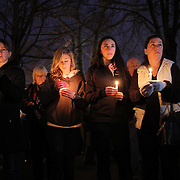 A townwide community vigil on Sherman Green. Fairfield, Connecticut after the mass shootings at Sandy Hook Elementary School, Newtown, Connecticut, USA. 17th December 2012. Photo Tim Clayton