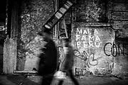 Javier Calvelo/ URUGUAY/ MONTEVIDEO/ Ciudad Vieja - Auditorio del Sodre / Recorrido para Montevideo Ciudad Ocre.<br /> En la foto:  Esquina de Flrorida y Mercedes en las inmediaciones de Auditorio del Sodre, Ciudad Vieja. Foto: Javier Calvelo <br /> 20140610  dia martes