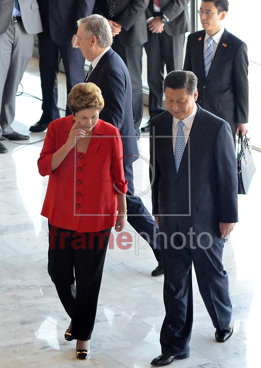 Brasilia (DF), 17/07/2014 - BRASIL/CHINA/DILMA - POLÍTICA - A presidente brasileira Dilma Rousseff recebe presidente chinês Xi Jinping no Palácio Planalto, em Brasília, nesta quinta-feira (17). . Foto: Renato Costa / Frame