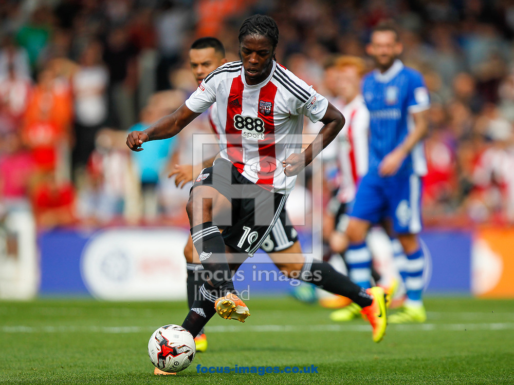 Romaine Sawyers of Brentford during the Sky Bet Championship match between Brentford and Sheffield Wednesday at Griffin Park, London<br /> Picture by Mark D Fuller/Focus Images Ltd +44 7774 216216<br /> 27/08/2016