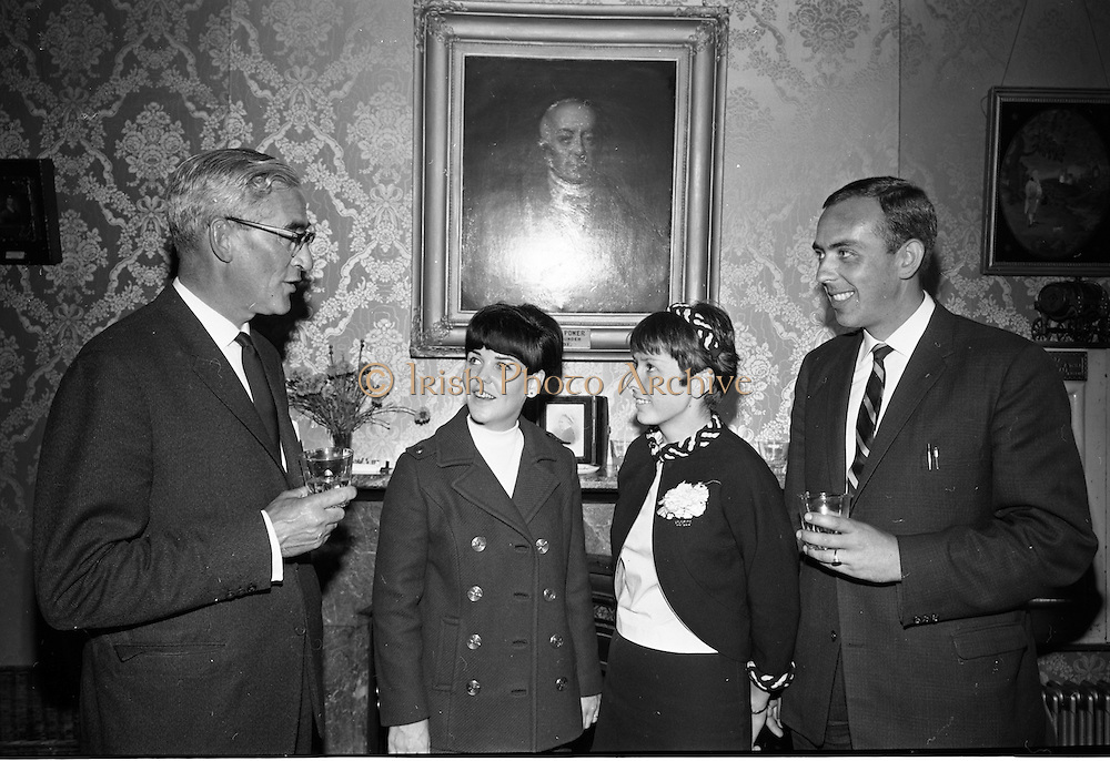 14/07/1967<br /> 07/14/1967<br /> 14 July/1967<br /> Miss Ireland-America visits Powers Distillery, John's Lane, Dublin. Pictured are (l-r): Mr John A. Ryan, Joint Managing Director, John Power and Son Ltd.; Miss Patricia McCoy, Miss Ireland-America; Miss Imelda Behan and Mr Bill Reddin, both of Murrays (Hertz) car rentals. Miss McCoy (21) was in Ireland for a week long visit having won her title in Newark, New Jersey.
