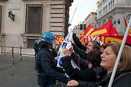 Roma, 15 Dicembre  2011.Manifestazione dell'USB contro il governo Monti davanti  Palazzo Chigi, la polizia li ferma.