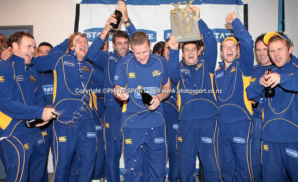 The victorious Otago Volts Twenty20 Cricket Team..<br /> Otago Volts v Canterbury Wizards. State Twenty20 Cricket Final. University Oval, Dunedin. Sunday 1 March 2009. Photo: Rob Jefferies/PHOTOSPORT