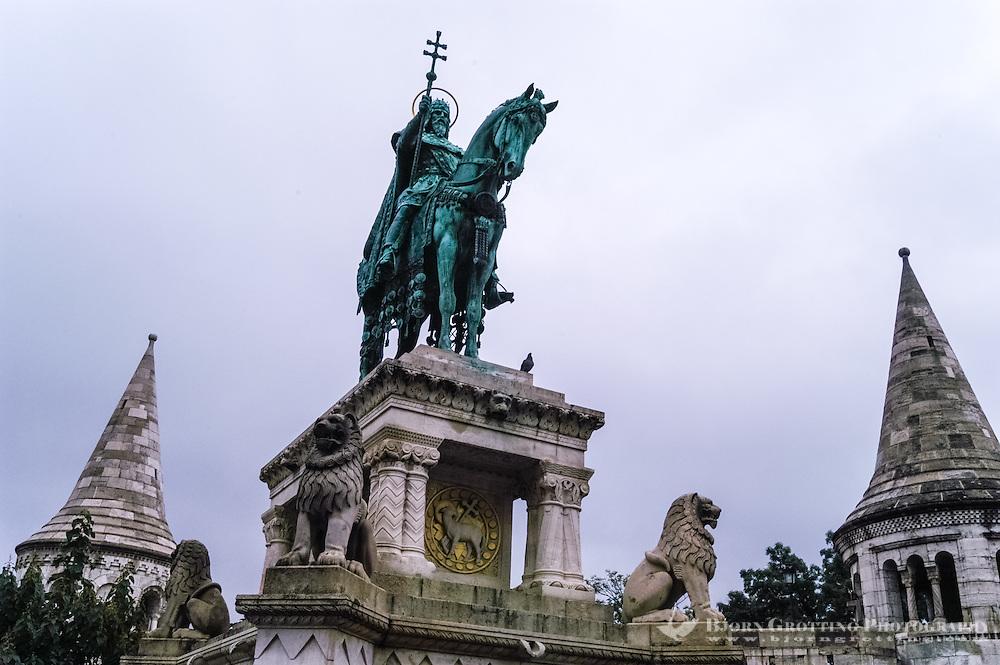 Budapest, Hungary.  Bronze statue of Stephen I of Hungary. Castle Hill.