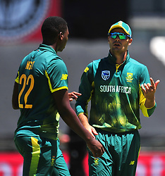 Cape Town-180207 South African cricket fast bowler Lungi NGIDI talking to his captain Aiden Makram on his first ODI game for Proteas at Newlands.photograph:Phando Jikelo/African News Agency(ANA)