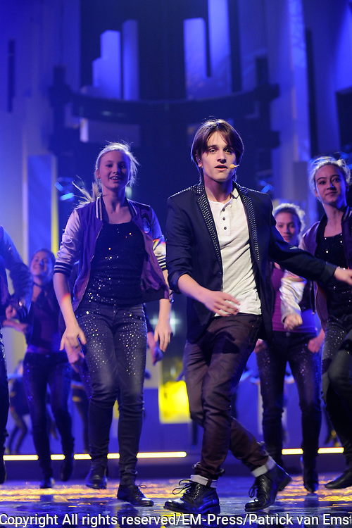 Dress rehearsal Junior Eurovisie Songfestival 2012 in de Heineken Music Hall.<br /> <br /> op de foto:  Ralf Mackenbach , winnaar Junior Eurovisiesongfestival 2009