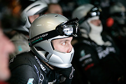 Motorsports / Formula 1: World Championship 2010, GP of Brazil, mechanic of Mercedes GP Petronas