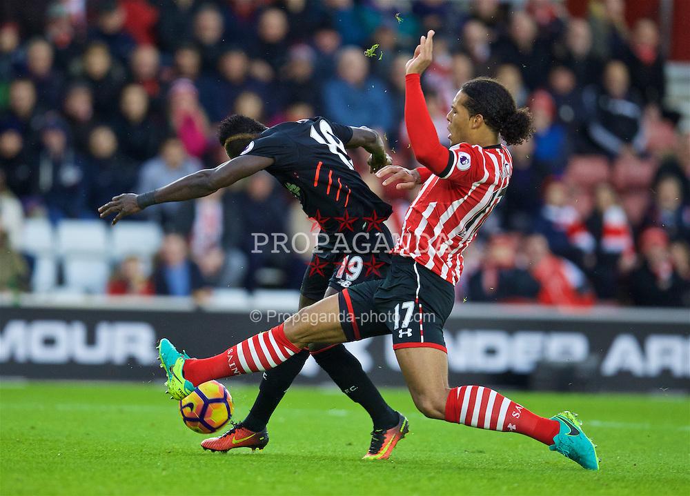 SOUTHAMPTON, ENGLAND - Saturday, November 19, 2016: Liverpool's Sadio Mane sees his shot blocked by Southampton's Virgil Van Dijk during the FA Premier League match at St. Mary's Stadium. (Pic by David Rawcliffe/Propaganda)