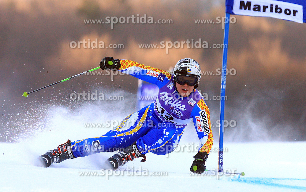 Anja Paerson of Sweden placed after first run Tina Maze of Slovenia skiing in first run of Maribor women giant slalom race of Audi FIS Ski World Cup 2008-09, in Maribor, Slovenia, on January 10, 2009. (Photo by Vid Ponikvar / Sportida)