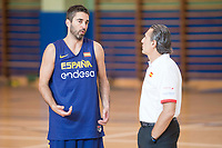 Juan Carlos Navarro and coach Sergio Scariolo during the Spain training session before EuroBasket 2017 in Madrid. August 02, 2017. (ALTERPHOTOS/Borja B.Hojas)