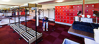 HOOG SOEREN - Kleedkamer van de Veluwse Golf Club in Hoog Soeren. COPYRIGHT KOEN SUYK