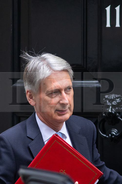 © Licensed to London News Pictures. 05/09/2018. London, UK. Chancellor of the Exchequer Philip Hammond leaves 11 Downing Street to attend Prime Ministers Questions in the House of Commons. Photo credit : Tom Nicholson/LNP