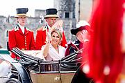 """Koning Willem Alexander wordt door Hare Majesteit Koningin Elizabeth II geïnstalleerd in de 'Most Noble Order of the Garter'. Tijdens een jaarlijkse ceremonie in St. Georgekapel, Windsor Castle, wordt hij geïnstalleerd als 'Supernumerary Knight of the Garter'.<br /> <br /> King Willem Alexander is installed by Her Majesty Queen Elizabeth II in the """"Most Noble Order of the Garter"""". During an annual ceremony in St. George's Chapel, Windsor Castle, he is installed as """"Supernumerary Knight of the Garter"""".<br /> <br /> Op de foto / On the photo: Queen Maxima"""