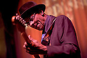 Blues Great Hubert Sumlin with David Johansen and the Billy Hector Band at the Haberdashery, Trenton, NJ 11/29/08