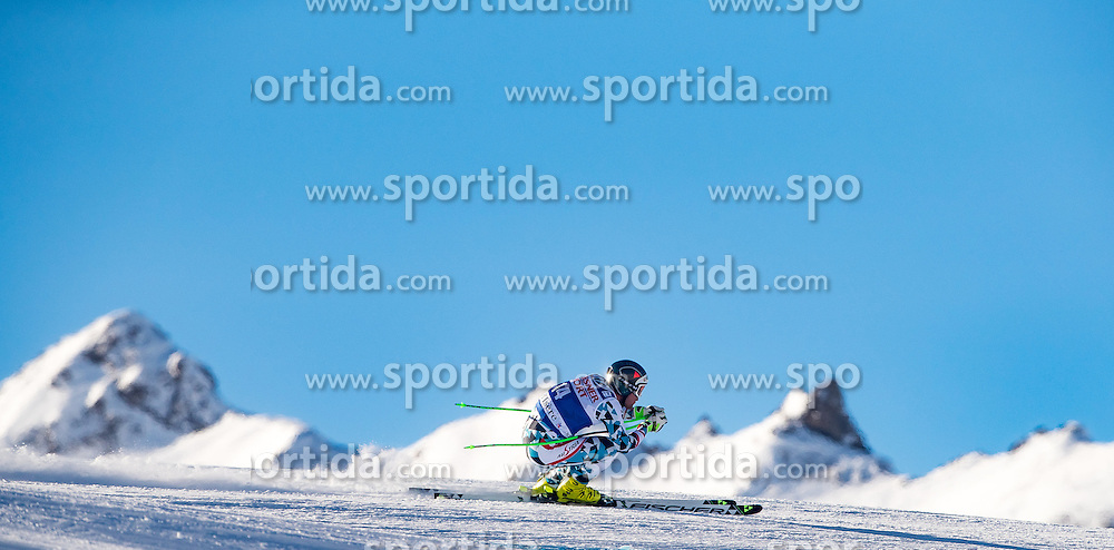 01.12.2016, Val d Isere, FRA, FIS Weltcup Ski Alpin, Val d Isere, Abfahrt, Herren, 2. Training, im Bild Vincent Kriechmayr (AUT) // Vincent Kriechmayr of Austria in action during the 2nd practice run of men's Downhill of the Val d Isere FIS Ski Alpine World Cup. Val d Isere, France on 2016/01/12. EXPA Pictures © 2016, PhotoCredit: EXPA/ Johann Groder