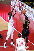 DESCRIZIONE : Varese FIBA Eurocup 2015-16 Openjobmetis Varese Telenet Ostevia Ostende<br /> GIOCATORE : Kyle Gibson<br /> CATEGORIA : Tiro Tre Punti <br /> SQUADRA : Telenet Ostevia Ostende<br /> EVENTO : FIBA Eurocup 2015-16<br /> GARA : Openjobmetis Varese - Telenet Ostevia Ostende<br /> DATA : 28/10/2015<br /> SPORT : Pallacanestro<br /> AUTORE : Agenzia Ciamillo-Castoria/M.Ozbot<br /> Galleria : FIBA Eurocup 2015-16 <br /> Fotonotizia: Varese FIBA Eurocup 2015-16 Openjobmetis Varese - Telenet Ostevia Ostende
