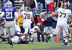 Nov 14, 2009; Manhattan, KS, USA; Missouri running back Derrick Washington (24) goes in for the touchdown in the second half against the Kansas State Wildcats at Bill Snyder Family Stadium. The Tigers won 38-12. Mandatory Credit: Denny Medley-US PRESSWIRE