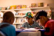 Pirapora _ MG, 21 de Junho de 2008..Revista Globo Rural...Projeto Generosidade - Leo do Peixe...Na foto, um dos pontos de leitura criado por Leo....Foto: LEO DRUMOND / AGENCIA NITRO