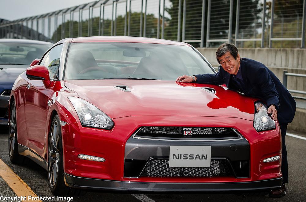 CVE Kazutoshi Mizuno and MY13 Nissan GT-R