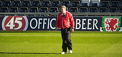 SWANSEA, WALES - Monday, March 1, 2010: Wales' manager John Toshack MBE during training at the Liberty Stadium ahead of the international friendly match against Sweden. (Photo by David Rawcliffe/Propaganda)
