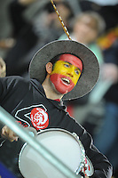 Handball EM Herren 2010 Hauptrunde Deutschland - Spanien 26.01.2010 Ein spanischer Fan feiert vor dem Spiel