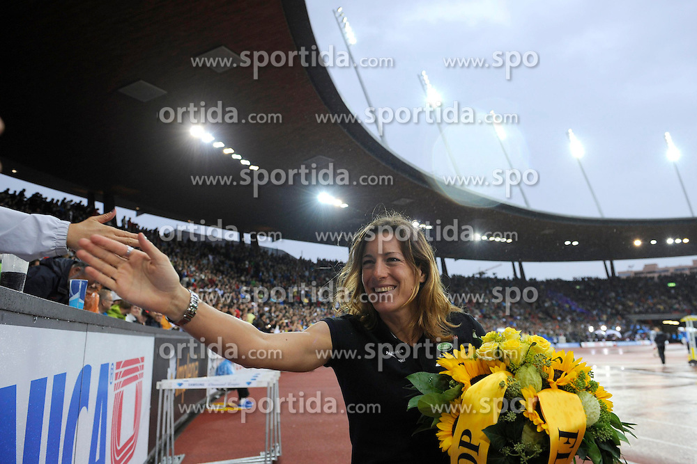 30.08.2012, Stadion Letzigrund, Zuerich, SUI, Leichtathletik, Weltklasse Zurich 2012, im Bild Olympiasiegerin Nicola Spirig (SUI) // during Athletics World Class Zurich 2012 at Letzigrund Stadium, Zurich, Switzerland on 2012/08/30. EXPA Pictures © 2012, PhotoCredit: EXPA/ Freshfocus/ Valeriano Di Domenico..***** ATTENTION - for AUT, SLO, CRO, SRB, BIH  only *****