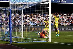 April 8, 2018 - Napoli, Napoli, Italy - Naples - Italy 08/04/2018.ARKADIUSZ MILIK  of S.S.C. NAPOLI scores a goal  during Serie A  match between S.S.C. NAPOLI and CHIEVO VERONA  at Stadio San Paolo of Naples..Final Score S.S.C. NAPOLI - CHIEVO VERONA 2-1  (Credit Image: © Emanuele Sessa/Pacific Press via ZUMA Wire)