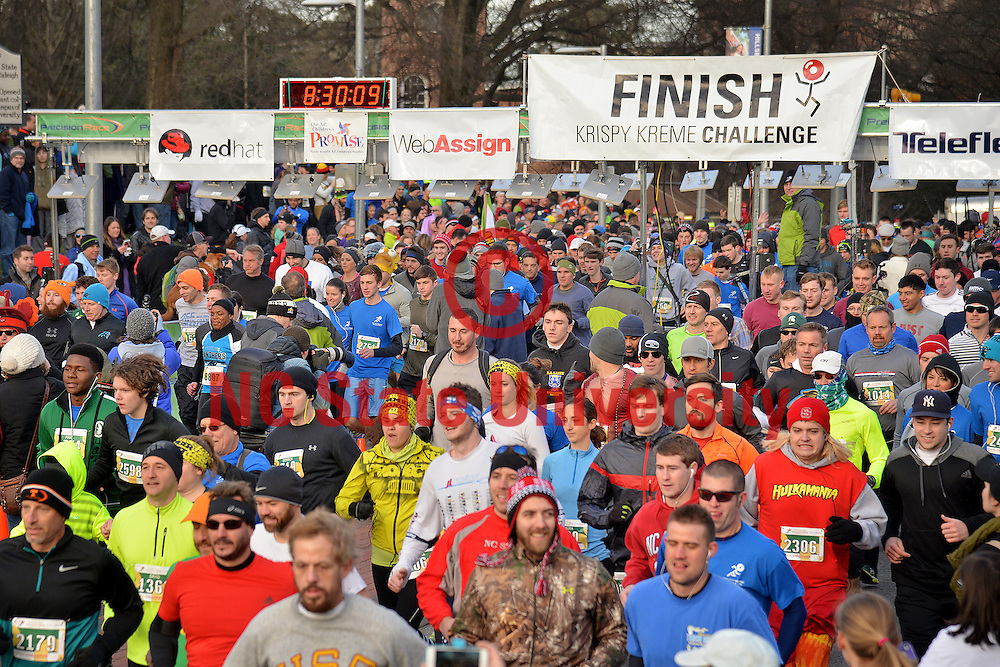 A sea of Krispy Kreme Challenge runners.