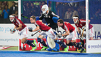 RAIPUR (India) -  GB defense during Penalty corner.    Hockey World League Final  men (Quarterfinals)  .  Great Britain v India    © WSP / Koen Suyk