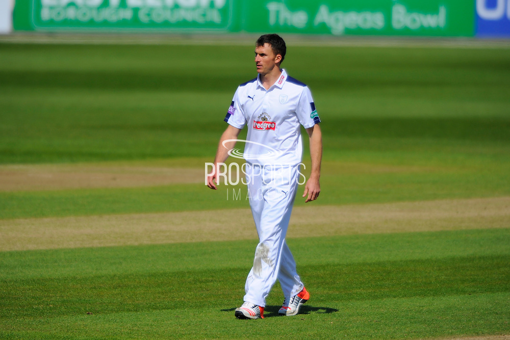 Hampshire's Ryan McLaren during the Specsavers County Champ Div 1 match between Hampshire County Cricket Club and Warwickshire County Cricket Club at the Ageas Bowl, Southampton, United Kingdom on 12 April 2016. Photo by Graham Hunt.