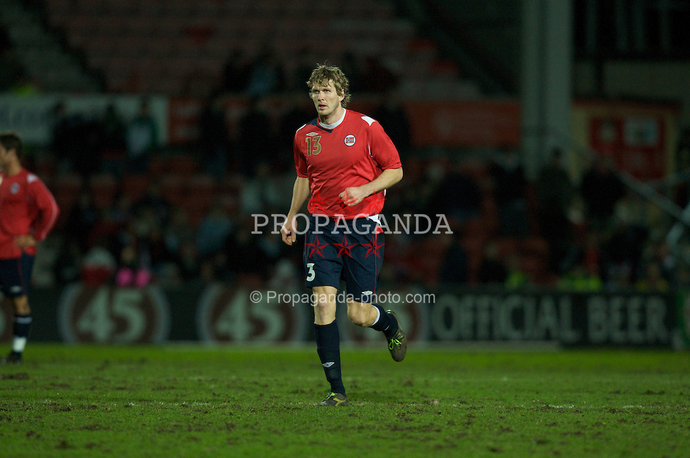 WREXHAM, WALES - Wednesday, February 6, 2008: Norway's Frode Kippe in action against Wales during an international friendly match at the Racecourse Ground. (Photo by David Rawcliffe/Propaganda)