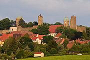 Stolpen mit Burg, Sachsen, Deutschland.|.Stolpen with castle, Saxony, Germany