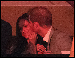 September 30, 2017 - Toronto, Canada - PRINCE HARRY and girlfriend MEGHAN MARKLE share an intimate moment during the Closing Ceremony of the Invictus Games. (Credit Image: © Stephen Lock/i-Images via ZUMA Press)