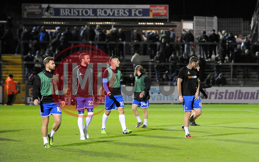 Bristol Rovers complete their warm up - Photo mandatory by-line: Neil Brookman/JMP - Mobile: 07966 386802 - 19/12/2014 - SPORT - football - Bristol - Memorial Stadium - Bristol Rovers v Gateshead  - Vanarama Conference