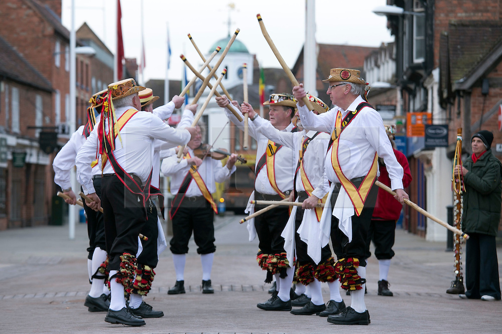 "© Licensed to London News Pictures. 01/05/2015. Stratford upon Avon, Warwickshire, UK. The Shakespeare Morris Men ""Dance in the Dawn"" outside the Shakespeare Birthplace in the centre of Stratford upon Avon on the first day of May. Photo credit : Dave Warren/LNP"