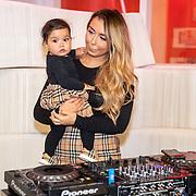 NLD/Amsterdam/20191111 - Linda.meiden  Winterboek, DJ Wef en dochter Nori  Dua
