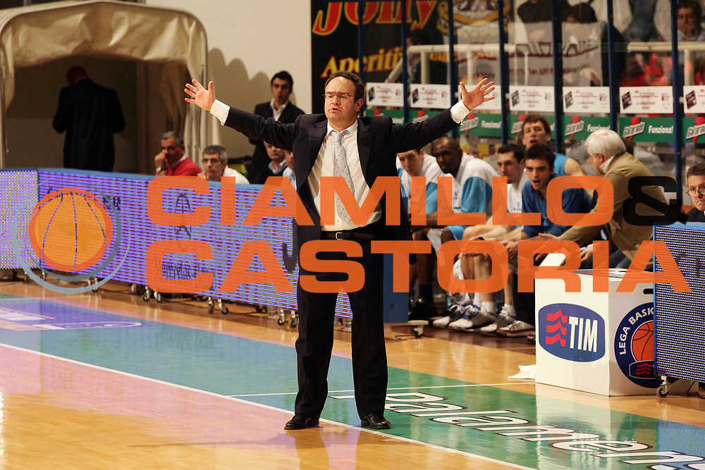 DESCRIZIONE : Siena Lega A1 2006-07 Playoff Quarti di Finale Gara 1 Montepaschi Siena Tisettanta Cantu <br /> GIOCATORE : Sacripanti <br /> SQUADRA : Tisettanta Cantu <br /> EVENTO : Campionato Lega A1 2006-2007 Playoff Quarti di Finale Gara 1 <br /> GARA : Montepaschi Siena Tisettanta Cantu <br /> DATA : 16/05/2007 <br /> CATEGORIA : Ritratto <br /> SPORT : Pallacanestro <br /> AUTORE : Agenzia Ciamillo-Castoria/P.Lazzeroni