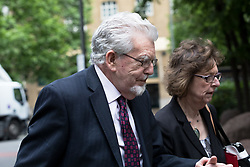 © Licensed to London News Pictures. 23/05/2017. LONDON, UK.  ROLF HARRIS arrives at Southwark Crown Court in London. The entertainer and musician, 87, denies four counts of indecent assault relating to three teenagers who allege that he molested them in the 1970s and 1980s. Photo credit: Vickie Flores/LNP