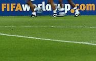 n/z.: Rozgrzewka przed meczem Pucharu Konfederacji Niemcy 2005 Brazylia (zolte) - Meksyk (zielone) 0:1 , reprezentacja , sezon 2004/2005 , pilka nozna , Niemcy , Hanower , 19-06-2005 , fot.: Adam Nurkiewicz / mediasport..Warm up before Confederations Cup soccer match in Hanover. June 19, 2005 ; Brazil (yellow) - Mexico (green) 0:1 , season 2004/2005 , Germany , Hanover ( Photo by Adam Nurkiewicz / mediasport )