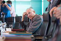 21 JUN 2017, BERLIN/GERMANY:<br /> Wolfgang Schaeuble, CDU, Bundesfinanzminister, vor Beginn der Kabinettsitzung, Bundeskanzleramt<br /> IMAGE: 20170621-01-004<br /> KEYWORDS: Kabinett, Sitzung, Wolfgang Sch&auml;uble