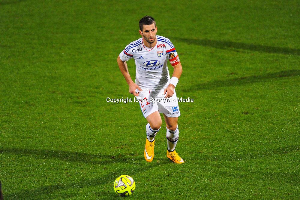 Maxime GONALONS  - 04.12.2014 - Lyon / Reims - 16eme journee de Ligue 1  <br /> Photo : Jean Paul Thomas / Icon Sport