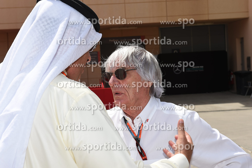 18.04.2015, International Circuit, Sakhir, BHR, FIA, Formel 1, Grand Prix von Bahrain, Qualifying, im Bild Bernie Ecclestone (GBR) CEO Formula One Group (FOM) talks with Shaikh Mohammed bin Isa Al Khalifa (BRN) Political and Economic Adviser to HRH the Crown Prince's Court // during Qualifying of the FIA Formula One Bahrain Grand Prix at the International Circuit in Sakhir, Bahrain on 2015/04/18. EXPA Pictures &copy; 2015, PhotoCredit: EXPA/ Sutton Images/ Mark<br /> <br /> *****ATTENTION - for AUT, SLO, CRO, SRB, BIH, MAZ only*****