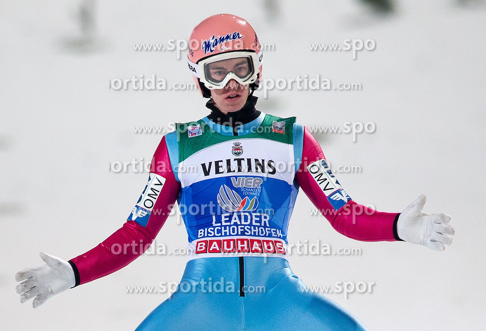 06.01.2015, Paul Ausserleitner Schanze, Bischofshofen, AUT, FIS Ski Sprung Weltcup, 63. Vierschanzentournee, Finale, im Bild Stefan Kraft (AUT) // Stefan Kraft of Austria reacts after his first competition Jump of 63rd Four Hills Tournament of FIS Ski Jumping World Cup at the Paul Ausserleitner Schanze, Bischofshofen, Austria on 2015/01/06. EXPA Pictures © 2015, PhotoCredit: EXPA/ Johann Groder
