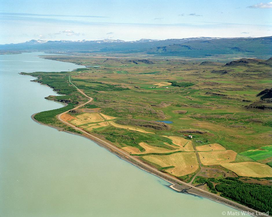 Hafursá og Lagarfljót séð til norðurs, Fljótsdalshérað áður Vallahreppur / Hafursa and Lagarfljot lake/river viewing north, Fljotsdalsherad former Vallahreppur.