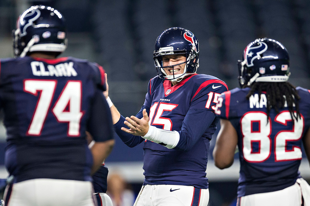 ARLINGTON, TX - SEPTEMBER 3:  Ryan Mallett #15 of the Houston Texans claps to get his team going during a preseason game against the Dallas Cowboys at AT&T Stadium on September 3, 2015 in Arlington, Texas.  (Photo by Wesley Hitt/Getty Images) *** Local Caption *** Ryan Mallett