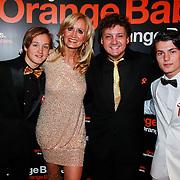NLD/Noordwijk/20110625 - Orange Babies Gala 2011, Rene Froger, partner Natasja Kunst en zoon