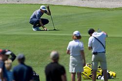 November 15, 2018 - Sydney, NSW, U.S. - SYDNEY, AUSTRALIA - NOVEMBER 15: Cameron Smith (AUS) places his ball on the green at Day 1 of The Emirates Australian Open Golf on November 15, 2019, at The Lakes Golf Club in Sydney, Australia. (Photo by Speed Media/Icon Sportswire) (Credit Image: © Speed Media/Icon SMI via ZUMA Press)