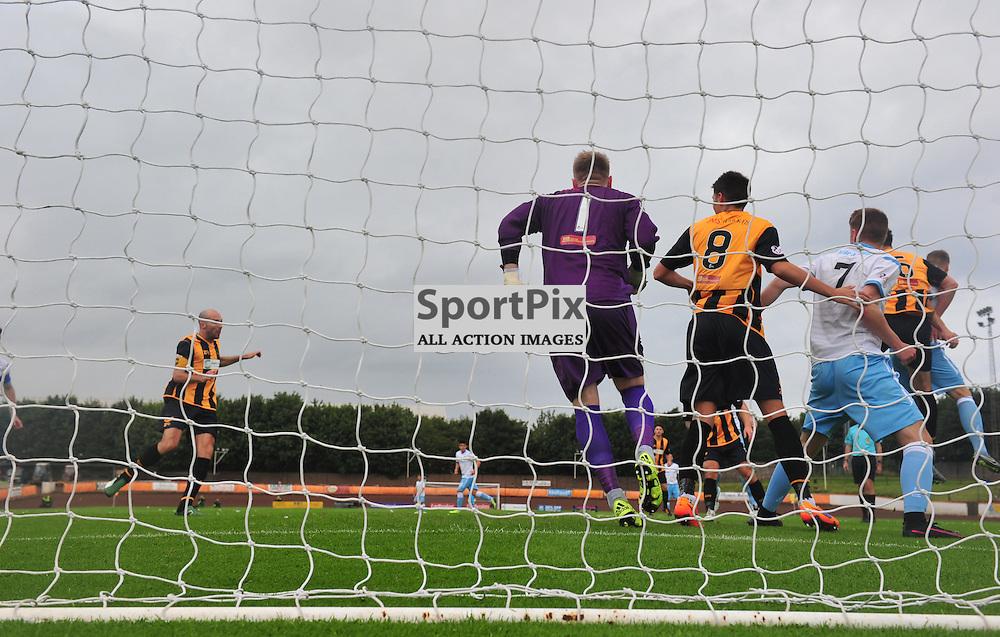 Panic in the Berwick goalmouth against Forfar....(c) BILLY WHITE | SportPix.org.uk