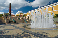 Plaza and fountain built in commemoration of 500 years since the Discovery by Columbus (1492-1992)